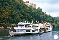 Dreiflüssestadt Passau Kristallschiff Bayerischer Wald